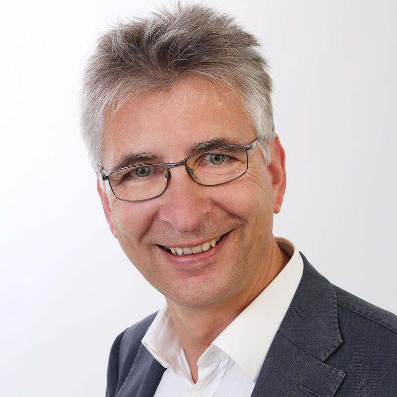 Dr. med. Frank Henschel - spezialisierter Kardiologe in Rostock