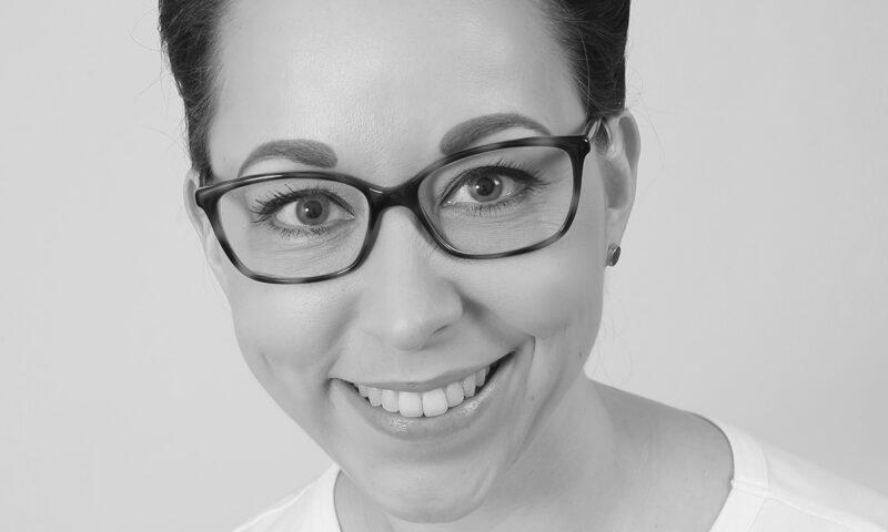 Carolin - Mitarbeiterin In Der Kardiologischen Gemeinschaftspraxis